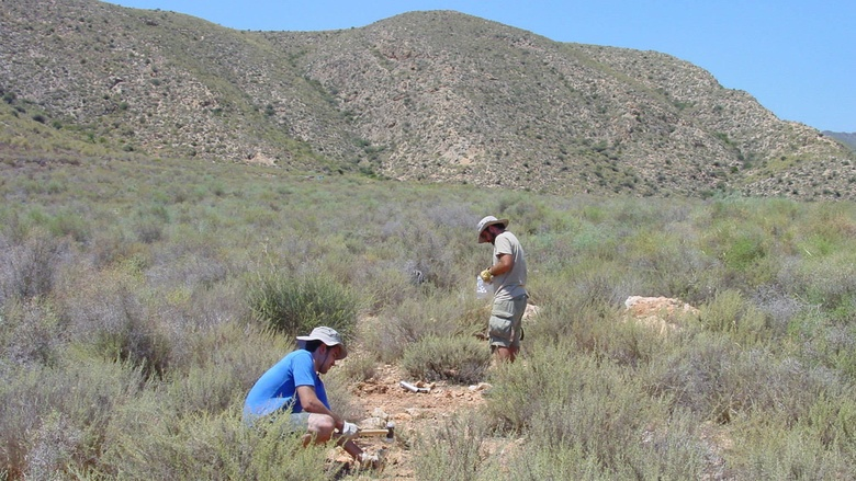 A soil/vegetation sampling by the University of Colorado and University of Córdoba in shrublands from eastern (semiarid) Spain in 2012. In this picture we are using soil corers and hammers, to obtain soil samples from the topsoil (10cm), and a quadrat to obtain information on vegetation structure (e.g., plant cover). Dr. Jose Luis Quero from the UCO, (pink and white shirt) and Manuel Delgado Baquerizo (black and blue shirts) were working in the same lab at the time in 2012. Photo credit: from Ma